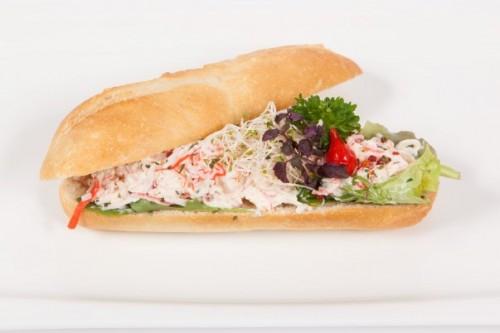 Broodje krabsalade